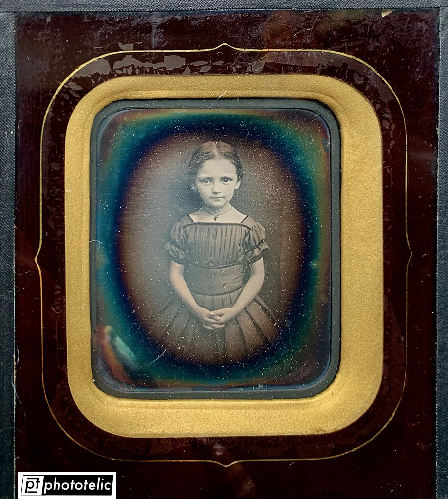 Daguerreotype of a young girl - Restoration - Before